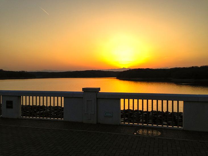 狭山湖夕日