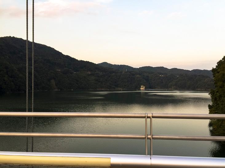 三井大橋から津久井湖
